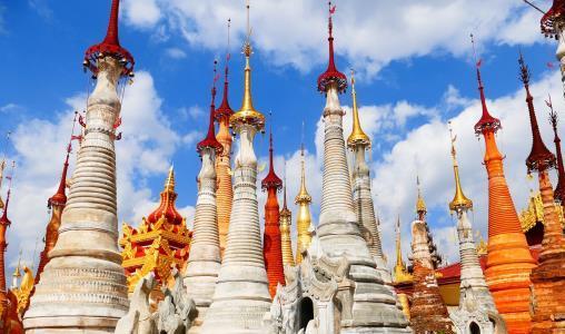 Een visum aanvragen voor uw reis naar Myanmar (e-visum)
